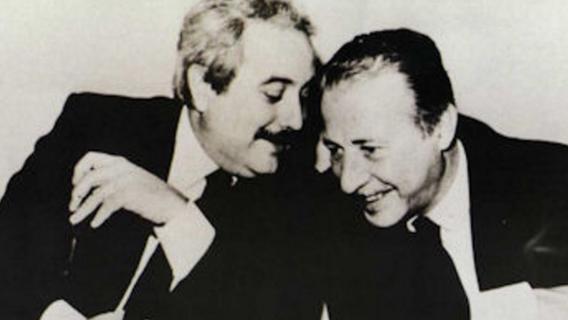Falcone e Borsellino, 25 anni dalle stragi. Ma Genova nega l'intitolazione di una via